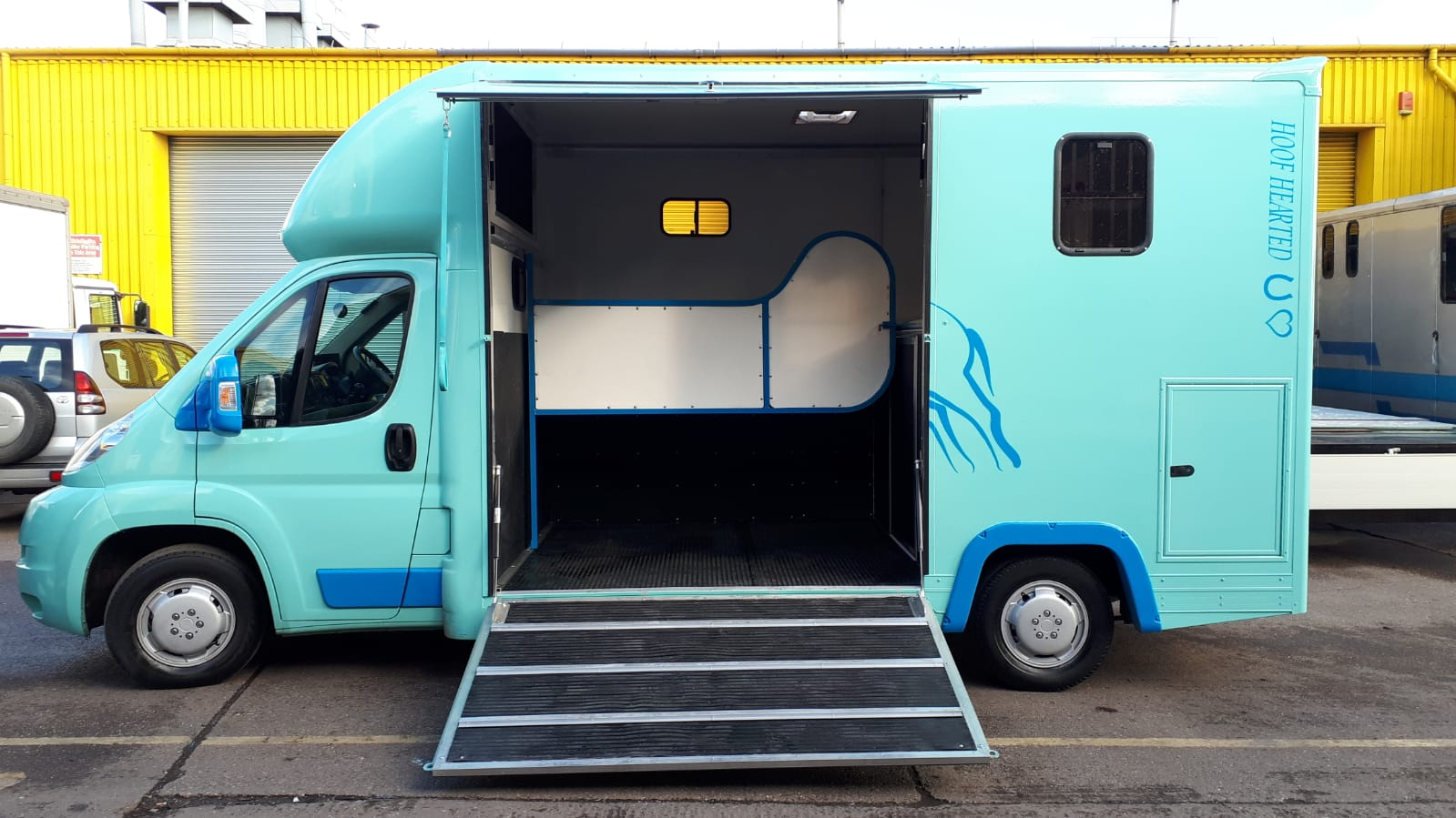3.5 tonne horseboxes for sale